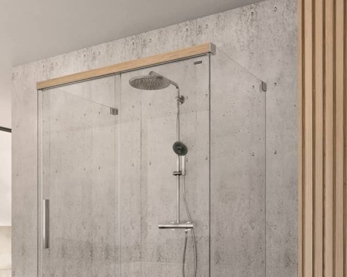 Sprchové dveře s dekorem dřeva