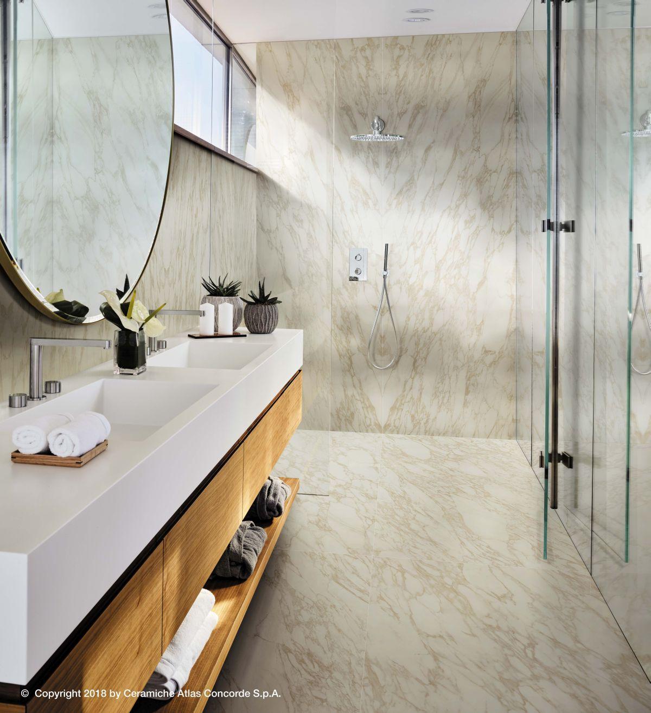 Velkoformátová dlažba v koupelně 11