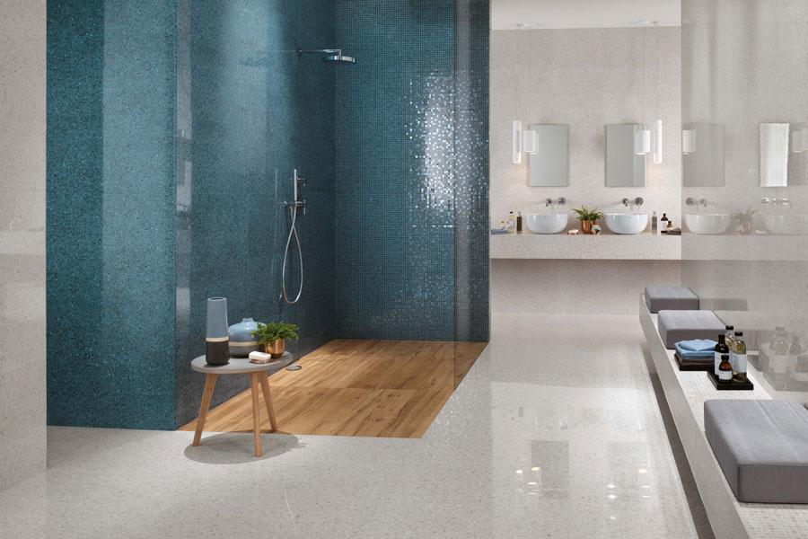 Koupelna se sprchovým koutem 0