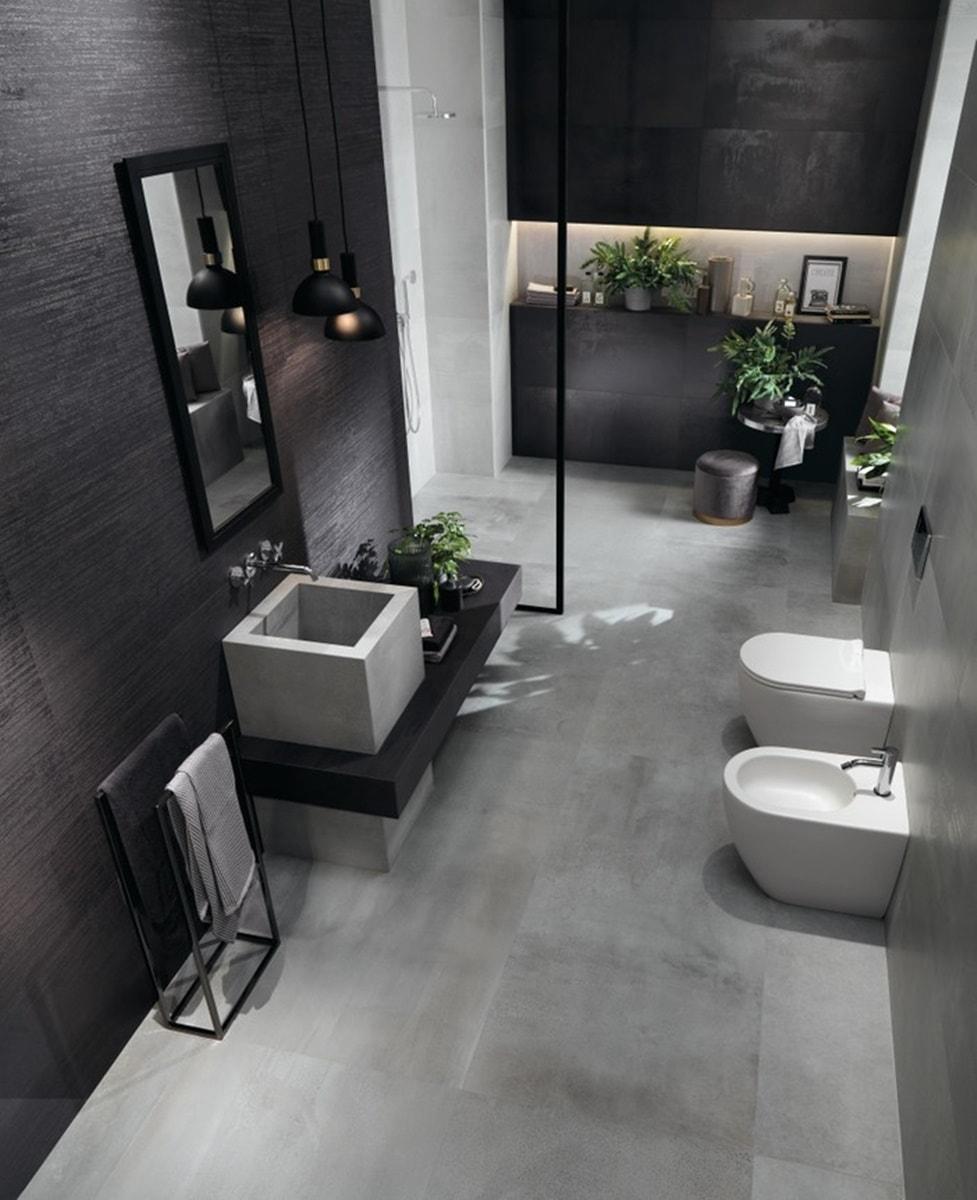 Obklady v metalické barvě v koupelně 4