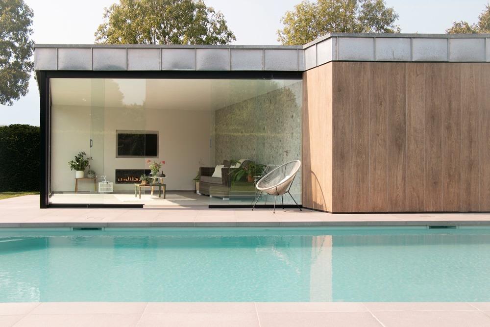 Dokonalá dlažba kolem bazénu 17