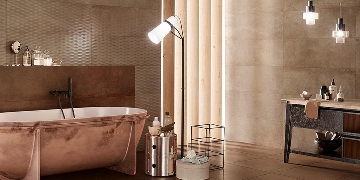 Obklady v metalické barvě v koupelně 13