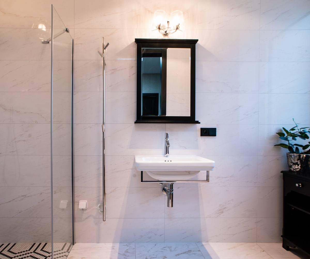 Mramor v koupelně 12