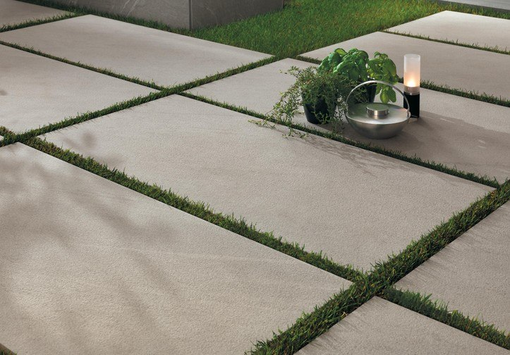Pokládka dlažby 2 cm na zahradu do trávy, písku nebo štěrku 6