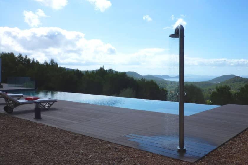Zahradní sprchy pro letní osvěžení 5