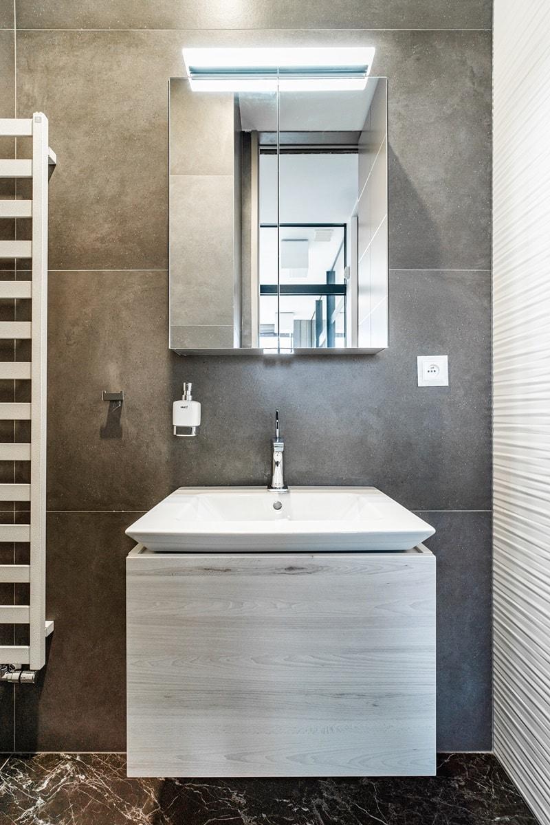 Minimalistická hranatá umyvadla pro vaši koupelnu 12