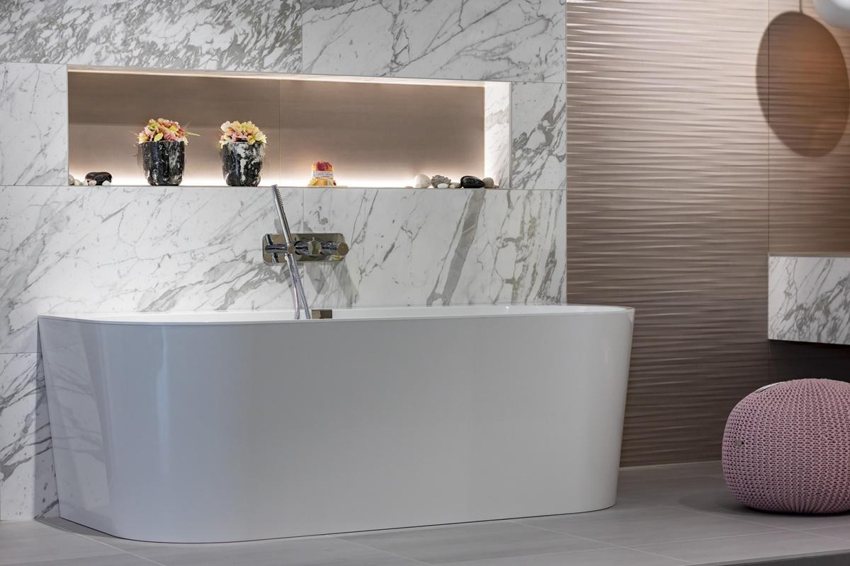 Dámská koupelna_vana