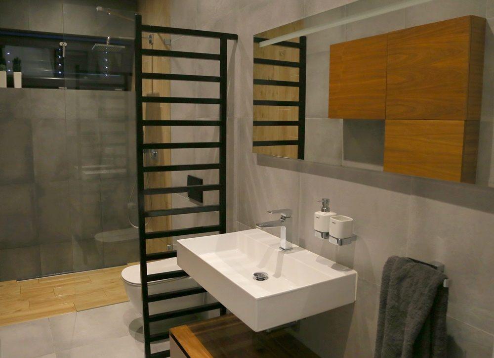 Malá koupelna se sprchovým koutem Walk-In