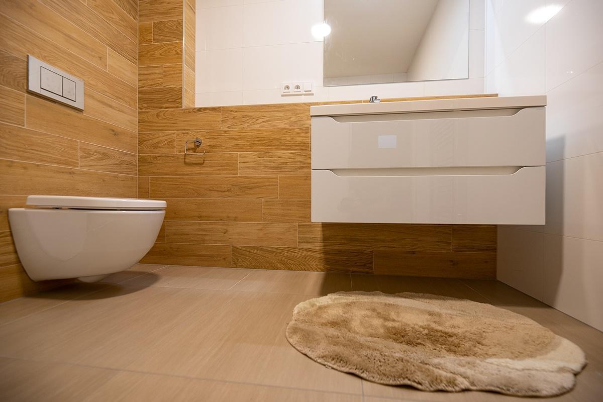 Dvě koupelny v rodinném domě 2