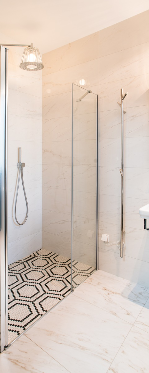 Luxusní koupelny v rodinném domě 10