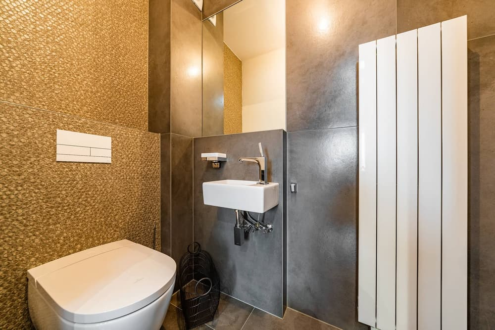 Luxusní koupelna propojená s ložnicí 16