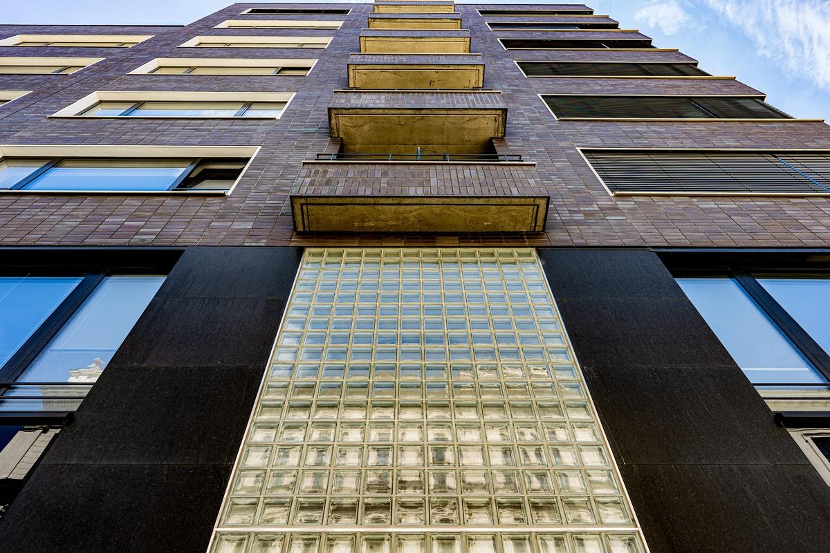 Fasáda administrativní budovy 3