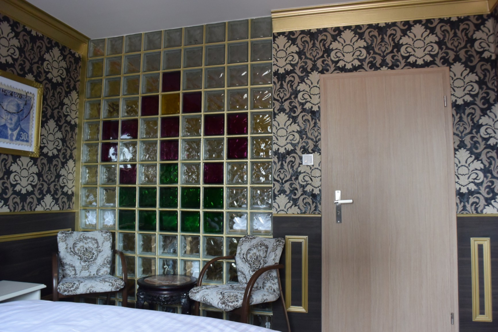 Retro Hotel GARAGE 2