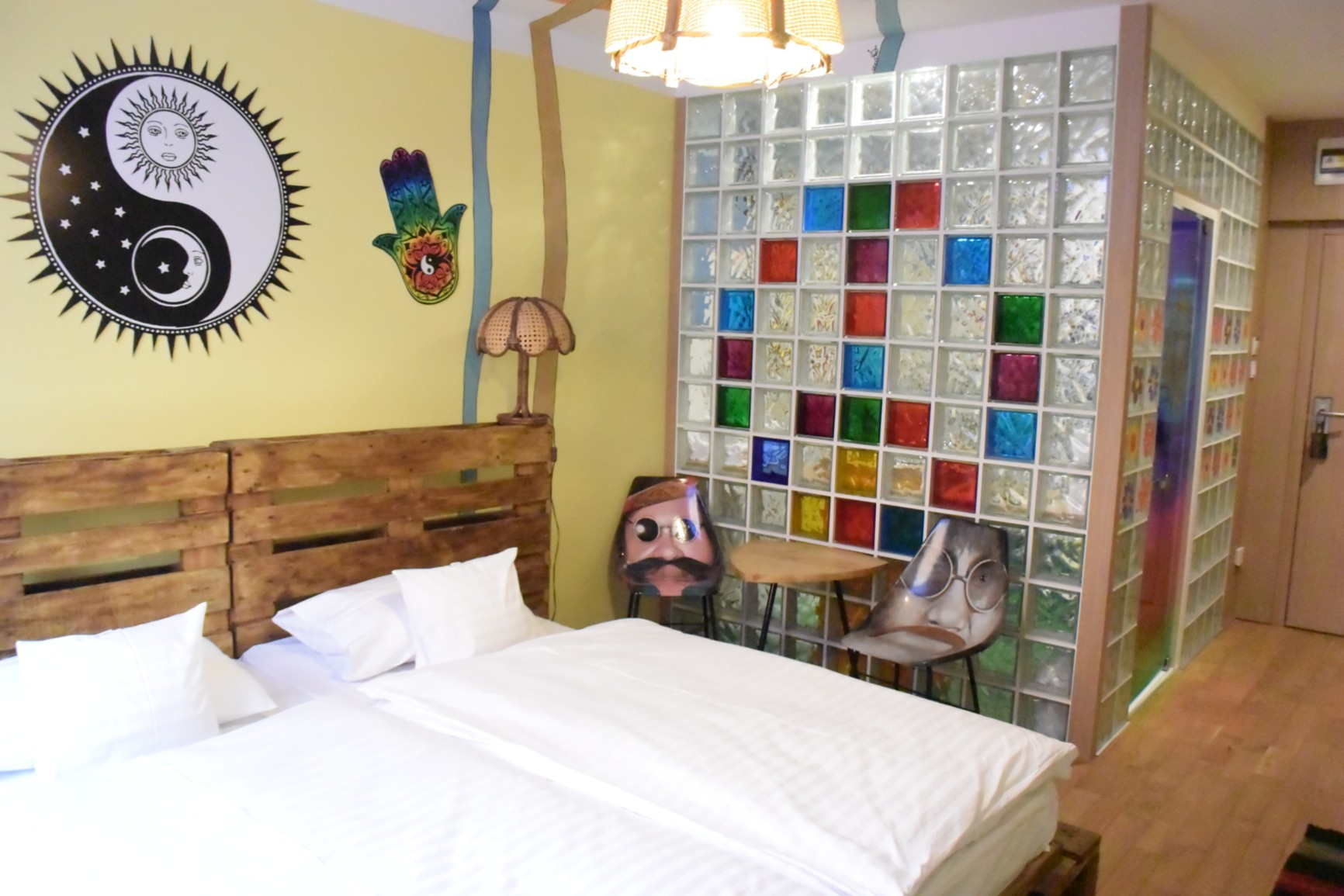 Retro Hotel GARAGE 6