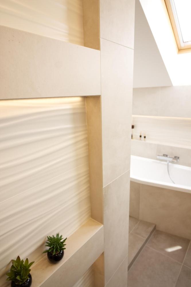 Podkrovní koupelna v rodinném domě v Brně 0